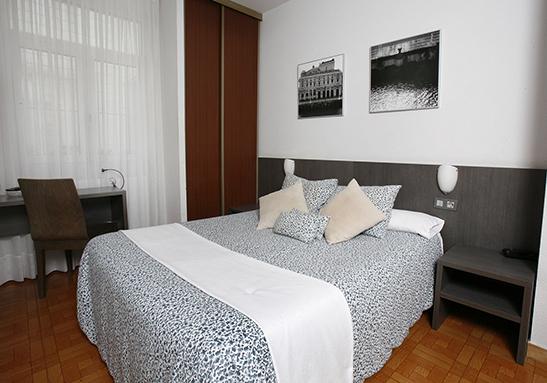 Room_16